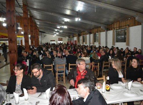 Mais de 1.200 pessoas participaram do evento (1)