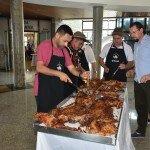 Presidente Fábio Vendruscolo de olho nos detalhes do Festival Gastronômico