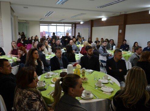 Salão de Eventos da CDL lotou para a palestra